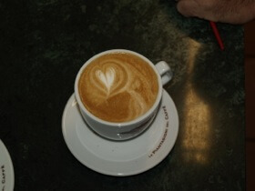 Lækker cappuccino hos Arcaffe.